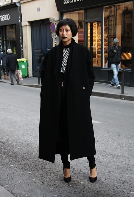 Modepilot-Streetstyle- dunkler Lippenstift-Fashion-Blog