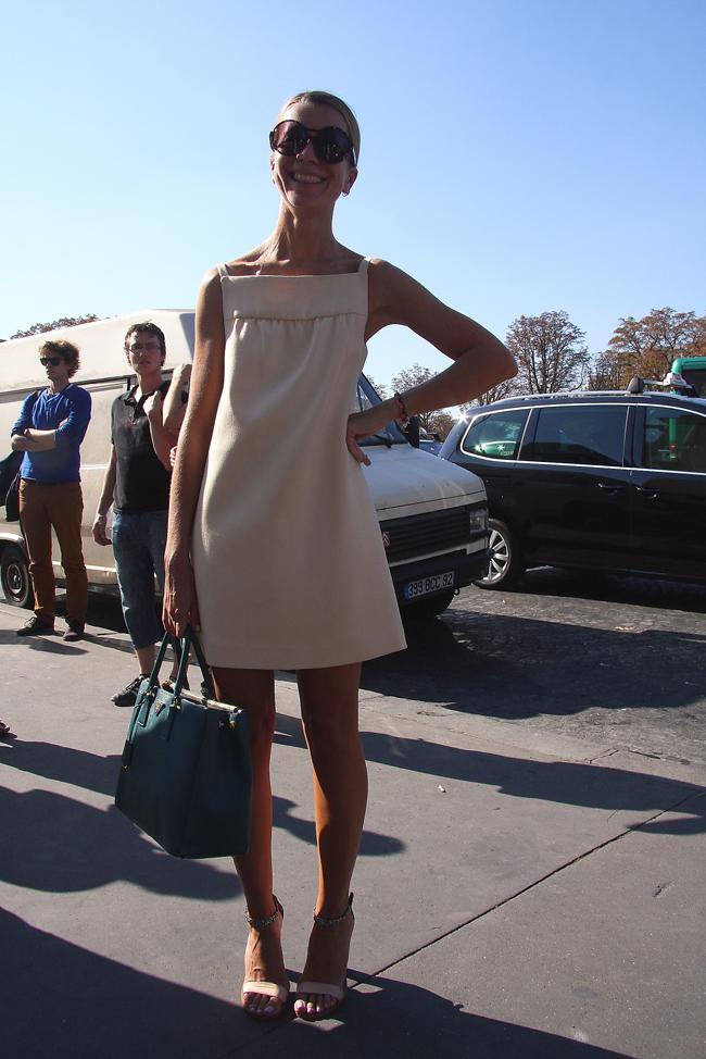 Modepilot-Streetstyle-Weißes Kleid-Fashionweek-Paris-Mode-Blog-Barbara Markert