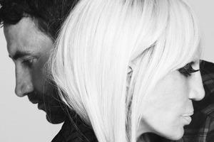 Bild von Riccardo Tisci und Donatella Versace