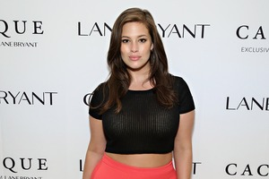 Image ashley-graham-sportmode-f-r-plus-size-frauen-cmg2dca75b2-3d07-4ec8-9e36-f01054db973d.jpg