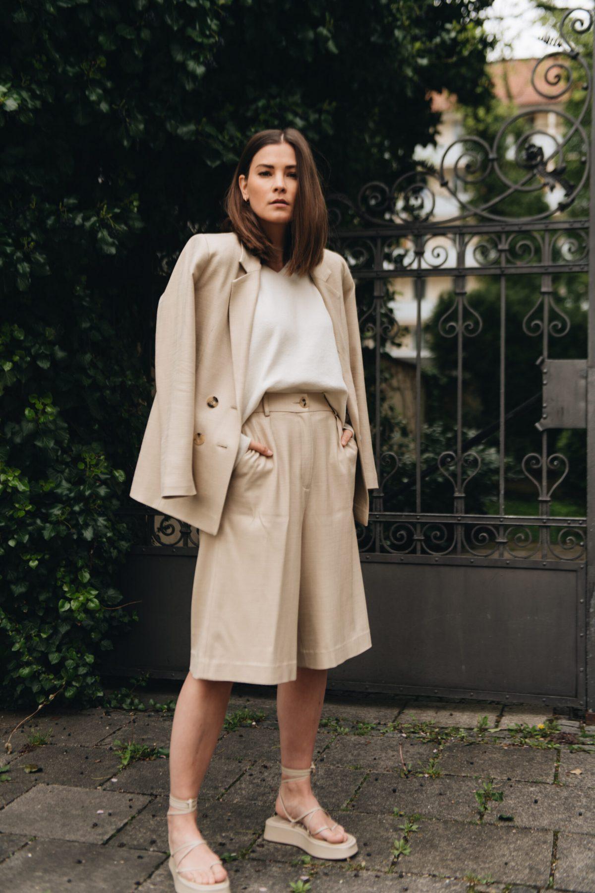 Modetrends: 8 neue Essentials für Frühjahr & Sommer 2021