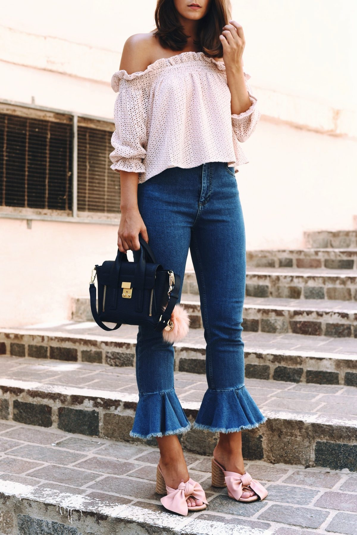 Jeans im Sommer tragen: Die besten Styling-Tipps