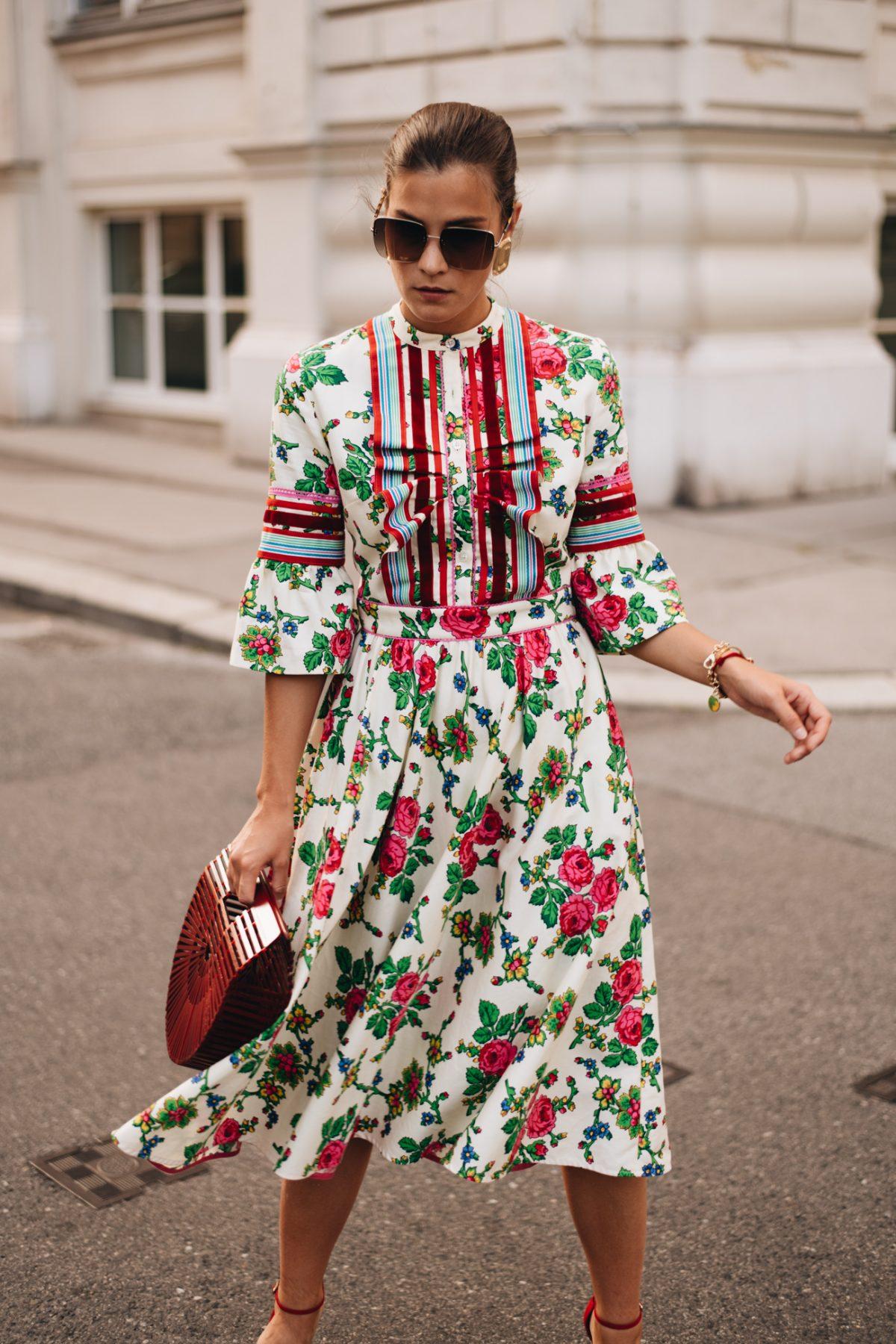 Florale Dresses: Die schönsten Blumenkleider für den Sommer 2021